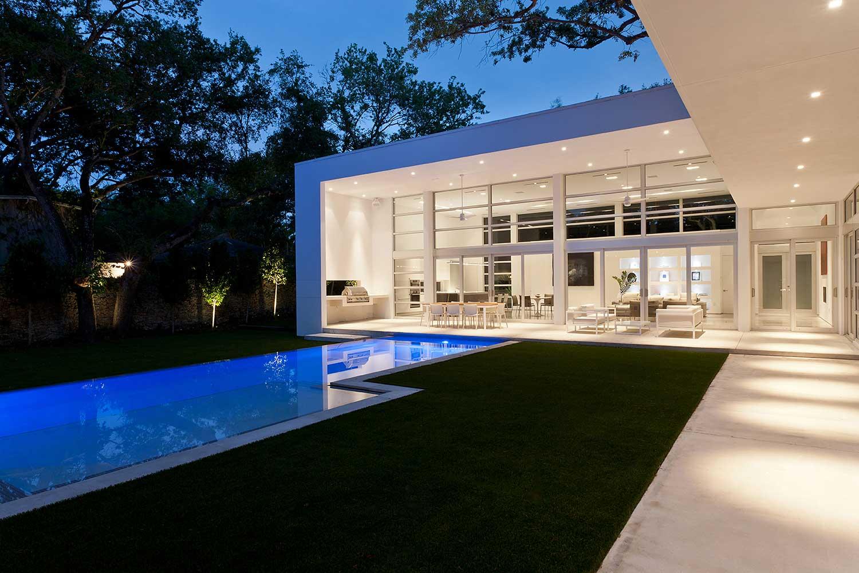 Casa Pombo by Mateu Architecture